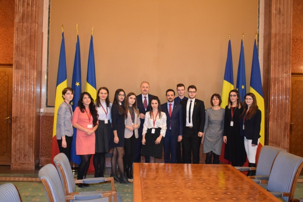 Asociația Studenților Jurnaliști Iași a fost decernată la Guvernul României