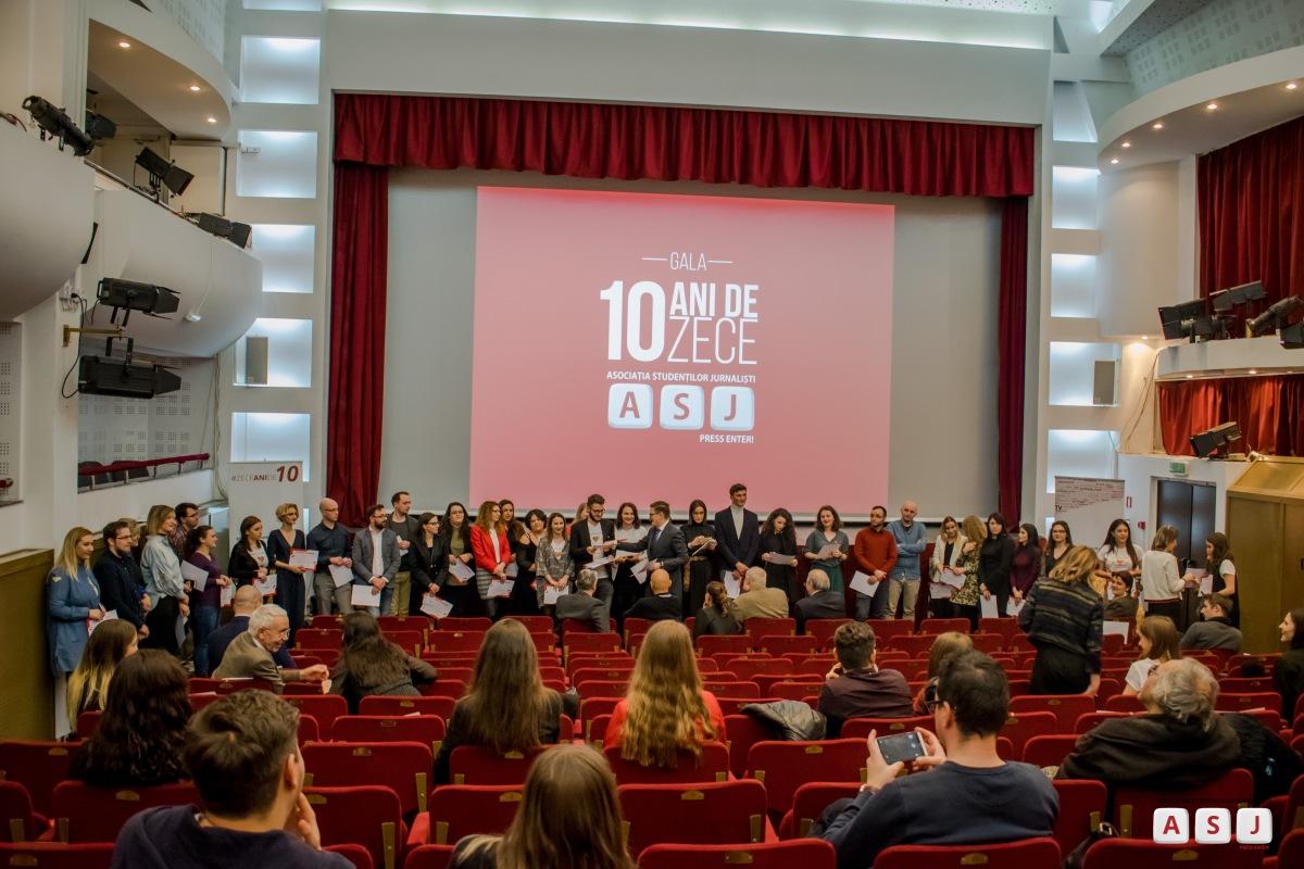 """Doi invitați speciali și peste 100 de ieșeni la Gala ASJ """"Zece ani de10"""""""